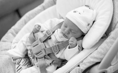 Séance nouveau-né à la maison