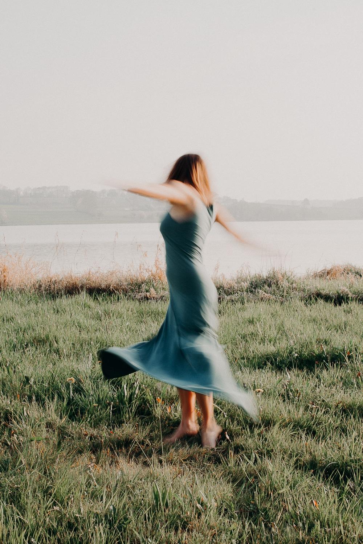 Mathilde Bruand, photographe de votre quotidien à Vitré : couple, famille, portrait, boudoir